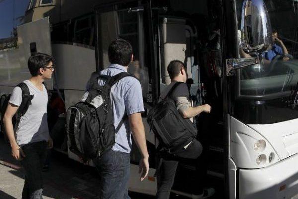金山老伯靠檢舉科技巴士過退休生活