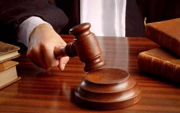 男子把離婚官司內容貼上網被判坐牢