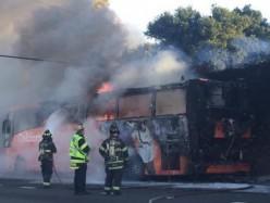Menlo Park公路101發生大型巴士起火