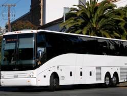 除了競爭 私營豪華巴士還帶來異議