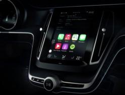 Consumer Reports建議駕車時使用車載資訊娛樂系統