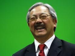 李孟賢市長揮拍上陣邀乒乓愛好者來戰