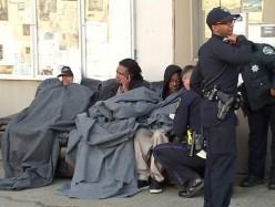 West Oakland公寓樓火災 三人死亡