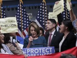 Nancy Pelosi遭年輕移民嗆聲