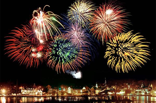 新年之夜的公共交通和助興活動
